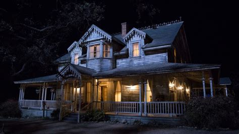 annabell doll house closed tickets to a terrifying annabelle creation horror experience