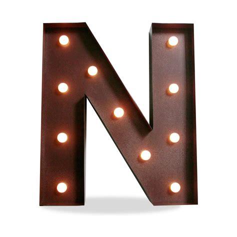 letra n vintage con bombillas iluminaci 243 n met 225 lica decorativa letra n decoraci 243 n
