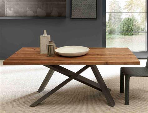 tavolo in legno moderno tavolo moderno legno massello base shangai incrocio nero