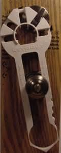 deadbolt door security device