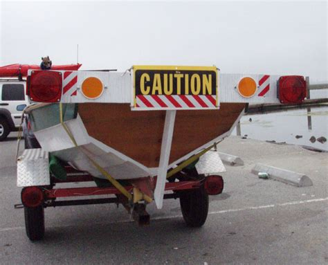 Boat Trailer Light by Unplug Led Boat Trailer Lights When Trailer Is In The