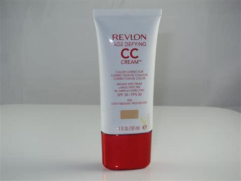 Bedak Revlon Age Defying revlon age defying with dna advane makeup spf 20