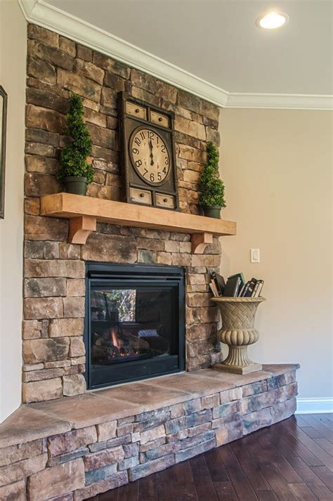 pictures of rock fireplaces best 25 stacked fireplaces ideas on