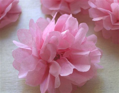 How To Make Small Tissue Paper Flowers - diy tiny tissue paper flowers i do it yourself 174