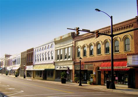 small towns in usa file elkin nc downtown jpg wikimedia commons