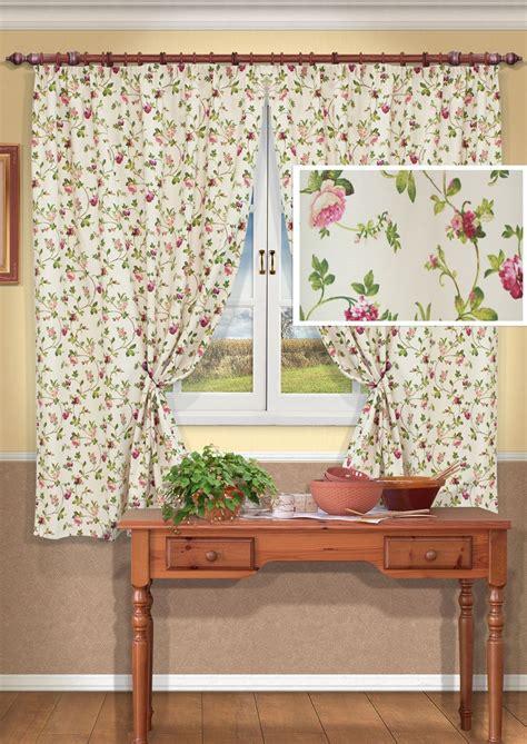 Pola Motif Pohon Daun Hijau gorden dalam gaya provence ide untuk desain jendela dalam