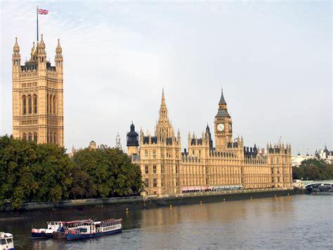 big ben and houses of parliament london england palace of westminster the houses of parliament and big
