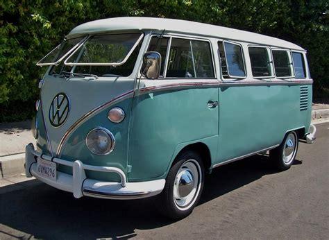 volkswagen bus 1963 volkswagen deluxe microbus 15 window 132953