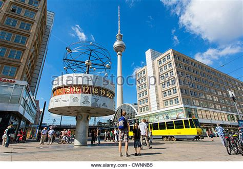 berlin alexanderplatz weltzeituhr stock photos weltzeituhr stock images alamy