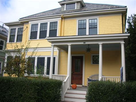 yellow exterior paint 36 best images about yellow houses on pinterest house