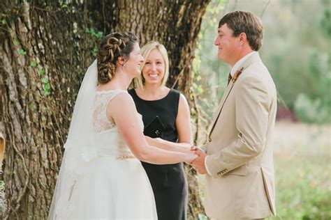 Wedding Officiant Attire Etiquette by A Beautiful Wedding In Florida Officiant Ceremony