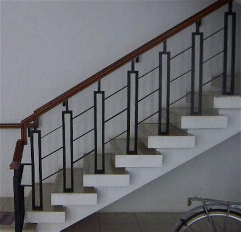 Lu Tangga Minimalis Kayu Promo family creation relling tangga