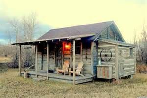 Small Cabin House Yellowstone Cabin Hits The Market May Be One Of Our