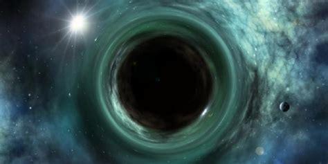 Lubang Hitam bagaimana bisa stephen hawking bilang lubang hitam tak ada