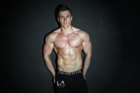 healthy fats for getting ripped bodybuilders reveals fastest way to build daily