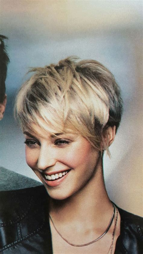 what kind of hair is used for pixie braid best 25 shaggy pixie ideas on pinterest shaggy pixie