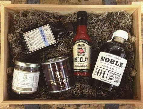 christmas whiskey gift sets the whiskey reviewer