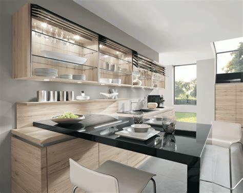 Atractiva  Sillas Barra Cocina #4: Muebles-lacados-sillas-barra-negra.gif