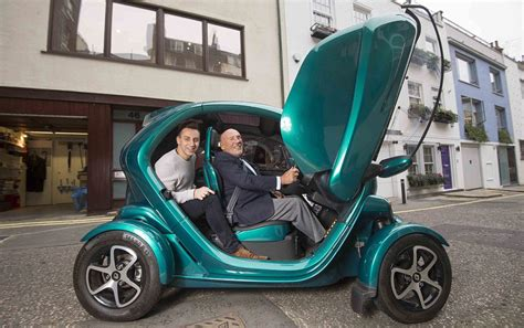 Renault Single Seater Sir Stirling Moss Helps Us Test The Electric Renault Twizy