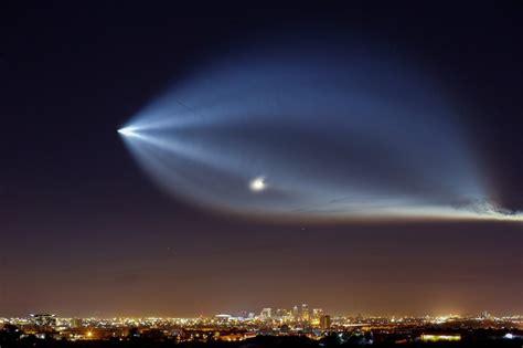 Los Angeles Putih cahaya raksasa di langit california dan mimpi besar