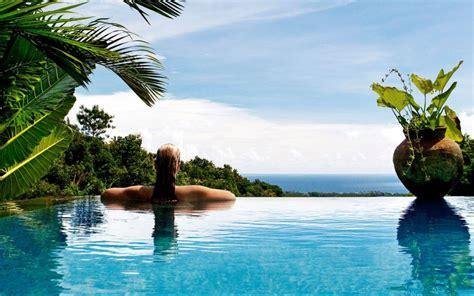 damai luxury hotel  villas north bali lovina