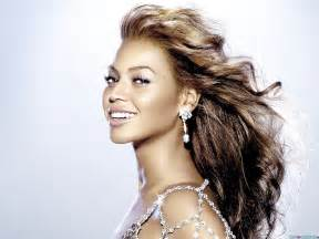 Beyonce Knowles Wide Desktop Wallpaper