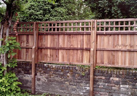 Trellis Fencing On Top Of Wall Fencing Solutions