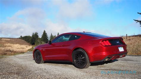 2015 mustang gt engine 2015 ford mustang gt premium 5 0l v8 review slashgear