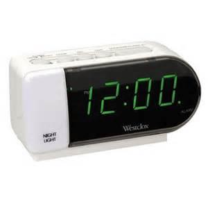 wecker mit beleuchtung westclox tech led alarm clock