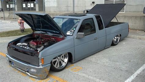 nissan hardbody bagged on 22s turboed nissan hardbody bagged pinterest nissan