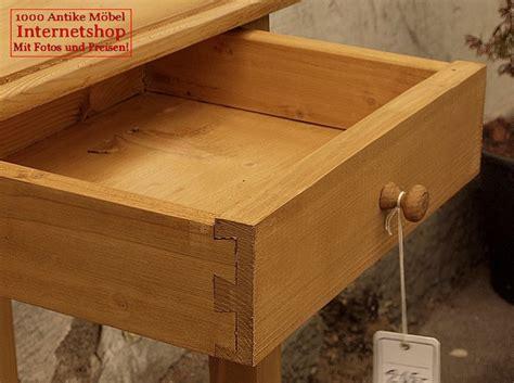 Schublade Artikel by Kleiner Tisch Mit Schublade Fichte Antik M 246 Bel