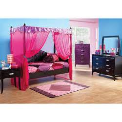 rooms to go kid noir 4 pc canopy daybed bedroom rooms to go
