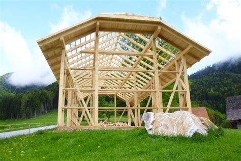 carport aus rundholz wibner der holzbaumeister