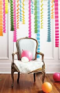 different ways to decorate with streamers decoration accordion streamers