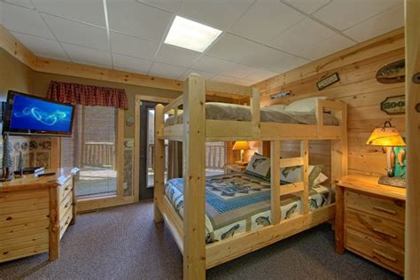 Wilderness Lodge Bunk Beds Quot Wilderness Lodge Quot 6 Bedroom Wears Valley Luxury Cabin