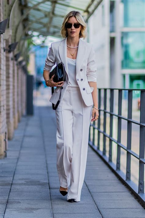 hairstyles to suit fla 30 summer work outfits that are actually cute glamour