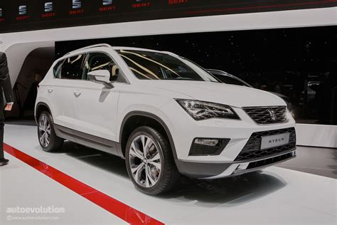 seat ateca 2016 seat ateca suv makes official debut at geneva