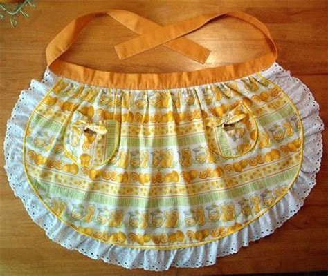 pattern for half apron with pockets 22 best images about egg gathering aprons on pinterest