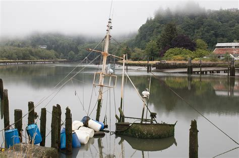 boat recycling washington state recycling washington s ghost ships could turn trash into