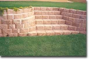 Landscape Block Stairs by Retaining Wall Stairs With Blocks As Steps Landscaping