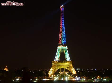 contrario di vanitoso torre eiffel illuminata 28 images panoramio photo of