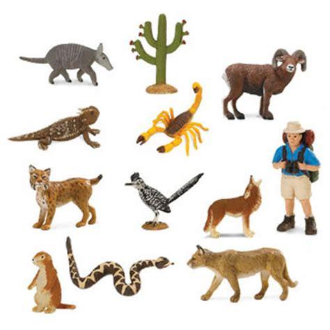 Online Floorplanner desert animal minis
