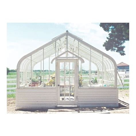 joanna gaines greenhouse 1000 ideas about farmhouse greenhouses on pinterest