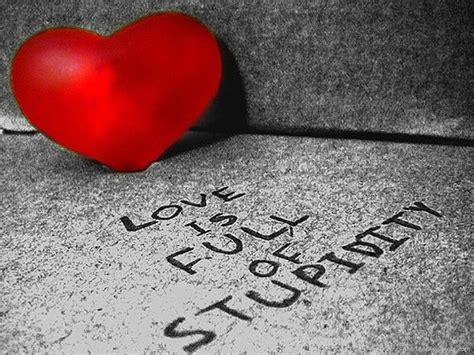 Broken Heart Love Quotes Wallpaper
