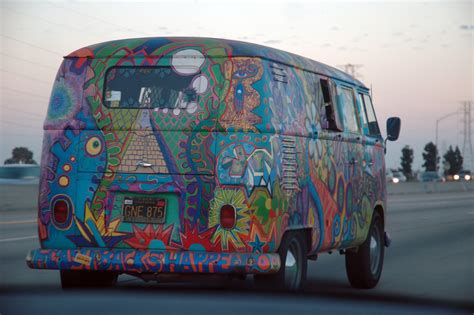volkswagen hippie van file vw bus t1 in hippie colors 2 jpg wikimedia commons