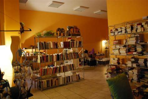 libreria scuola e cultura roma foto morlupo il caff 232 letterario librapoetica tra poesia