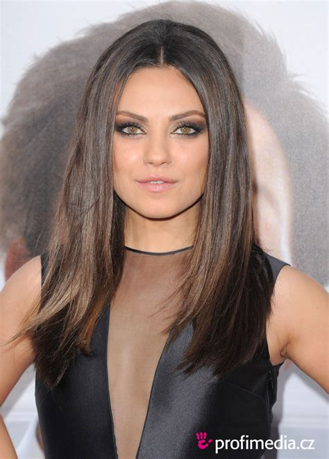 Mila Kunis Hairstyle by Mila Kunis Hairstyle Easyhairstyler