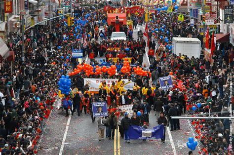 new year parade new york new york s chinatown holds new years parade