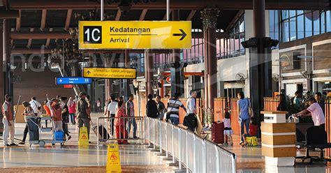 batik air mendarat di terminal berapa pembagian terminal maskapai di bandara soekarno hatta