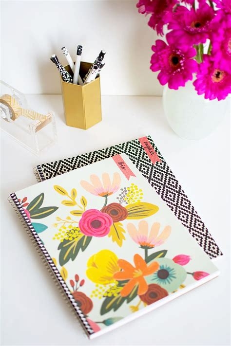Decorating Notebooks For School by 25 Unique Decorated Notebooks Ideas On